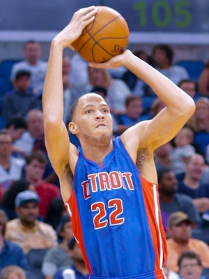 Detroit Pistons' Tayshaun Prince (22) shoots against the Orlando Magic during the first half of an NBA basketball game, Friday, March 27, 2015, in Orlando, Fla.