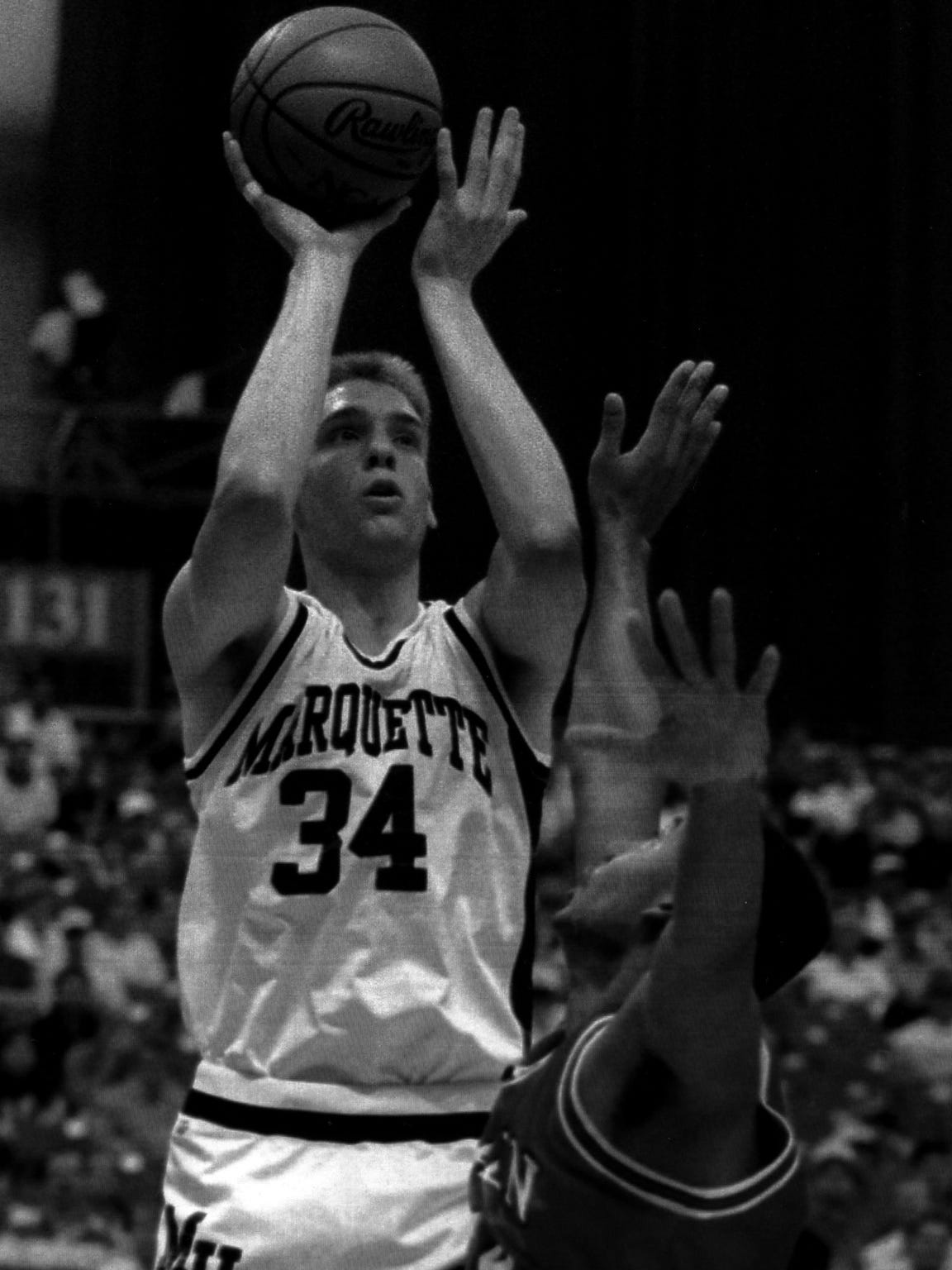 Center Jim McIlvaine holds the all-time record for
