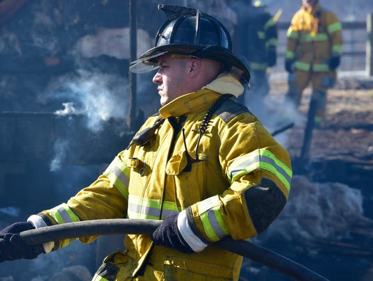 CPO-MWD-022916-greenhouse-fire