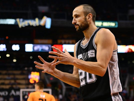 NBA: San Antonio Spurs at Phoenix Suns