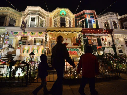 How to avoid Clark Griswold-like disasters this holiday
