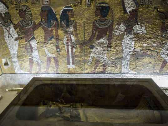 The Curse Of King Tuts Tomb Torrent: Egypt Explores King Tut's Tomb, Searching For Queen Nefertiti
