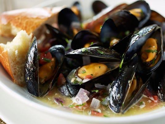 specials_Mussels.jpg