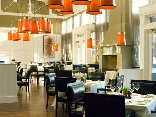 10 best romantic hotel bars nashville power couple 39 s picks for Farm at the carneros inn