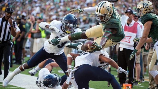 Wide receiver Ishmael Zamora (8) and Baylor's Playoff credentials