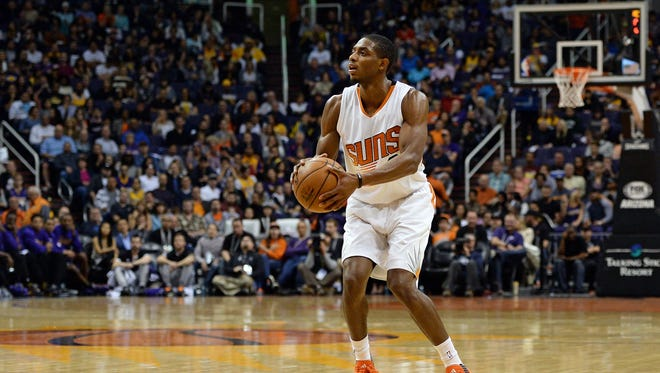 Nov 16, 2015: Phoenix Suns guard Brandon Knight (3) shoots the basketball in first half of the NBA game against the Los Angeles Lakers at Talking Stick Resort Arena.