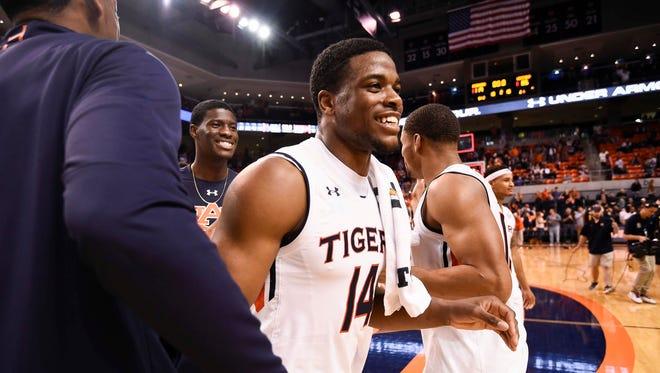Malik Dunbar (14). Auburn basketball vs Winthrop on Friday, Nov. 24, 2017, in Auburn. Dunbar had back-to-back offensive rebounds for a basket to ensure a 85-80 win over UAB on Dec. 9, 2017.