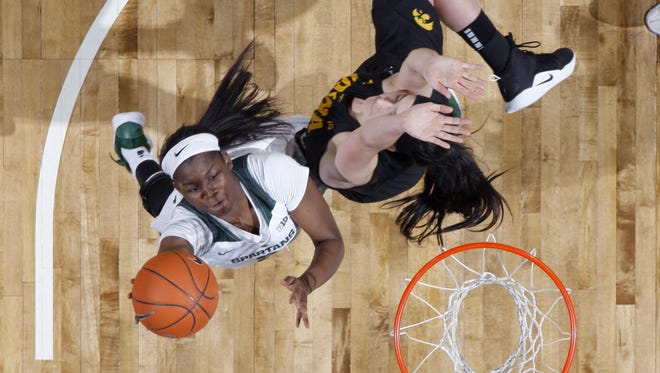 Mardrekia Cook, left, and Michigan State dropped to No. 23 in this week's Associated Press Top 25 women's poll.