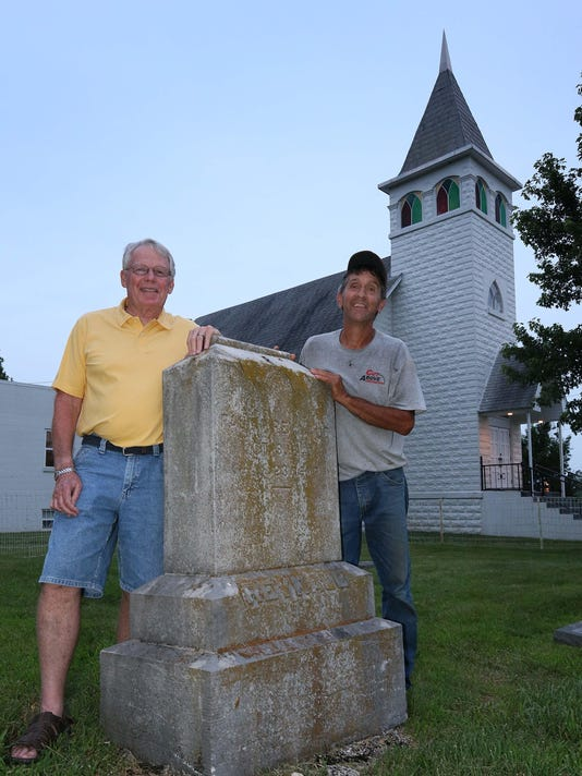 Main cousins and headstone