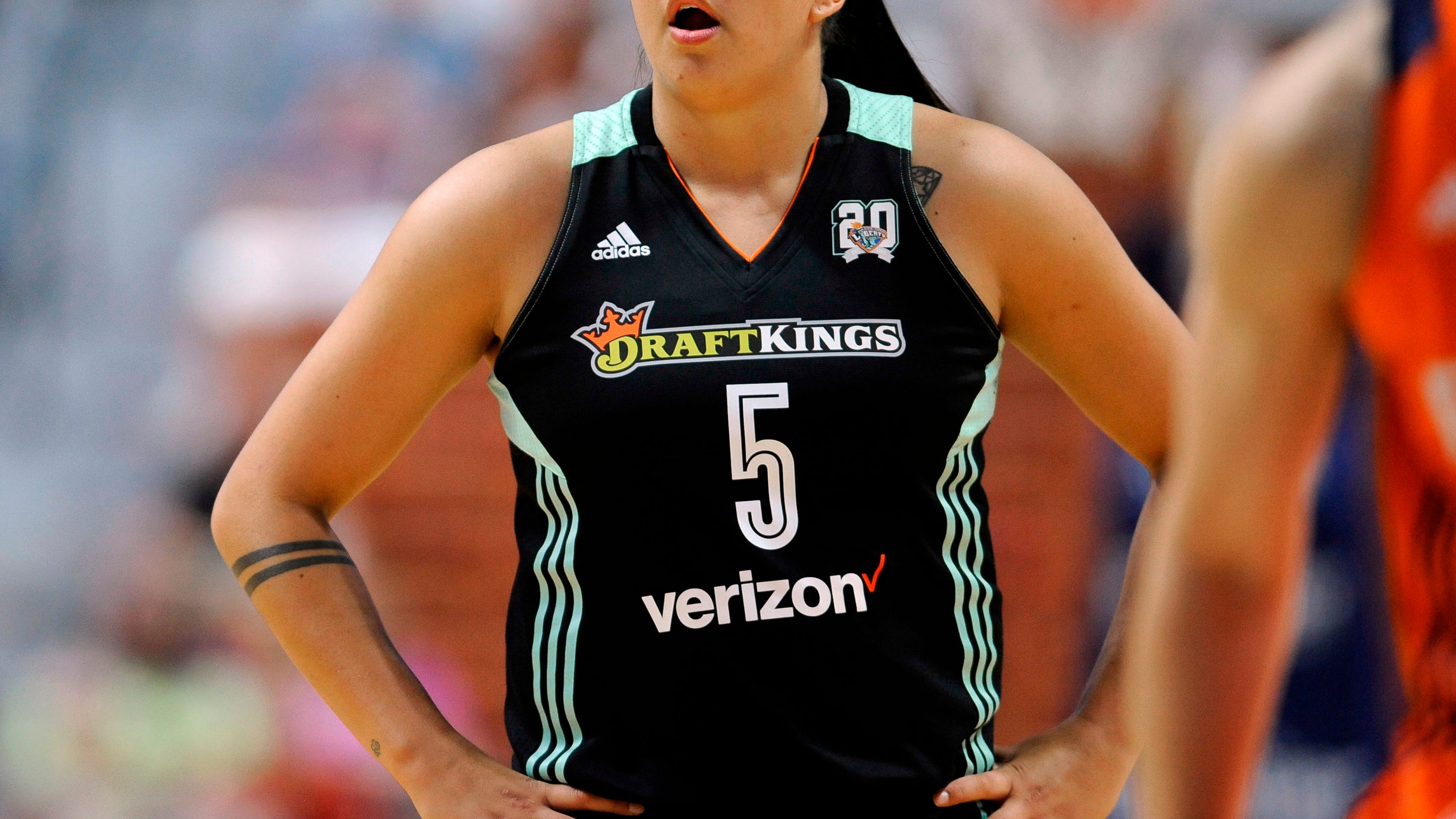 after year away shoni schimmel back with ny liberty. Black Bedroom Furniture Sets. Home Design Ideas
