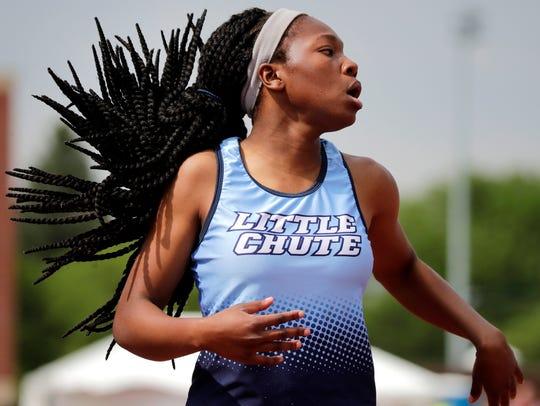 Little Chute's Alyssa Hutcherson finishes the 200 meter