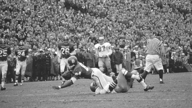 Gene Washington was MSU's first great wide receiver and remains among the best to ever play the position. His 25 yards per catch in 1966 remains a school record.