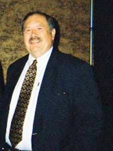 Andy Persanyi, the long-time supervisor of the dining room at General Butler State Resort Park, died Sunday morning in car crash.