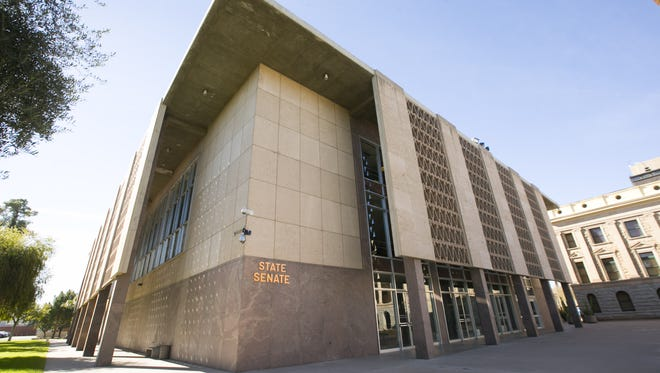 The Arizona Senate has rejected Senate Bill 1279, which would have required convicted felons who are in the country illegally to serve their entire sentence before being released to federal immigration officials for deportation proceedings.