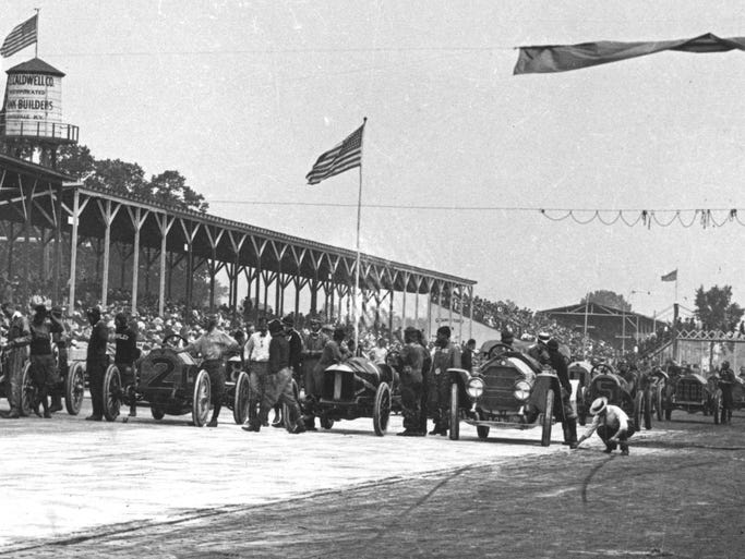 Starting lineup of the 1911 Indianapolis 500