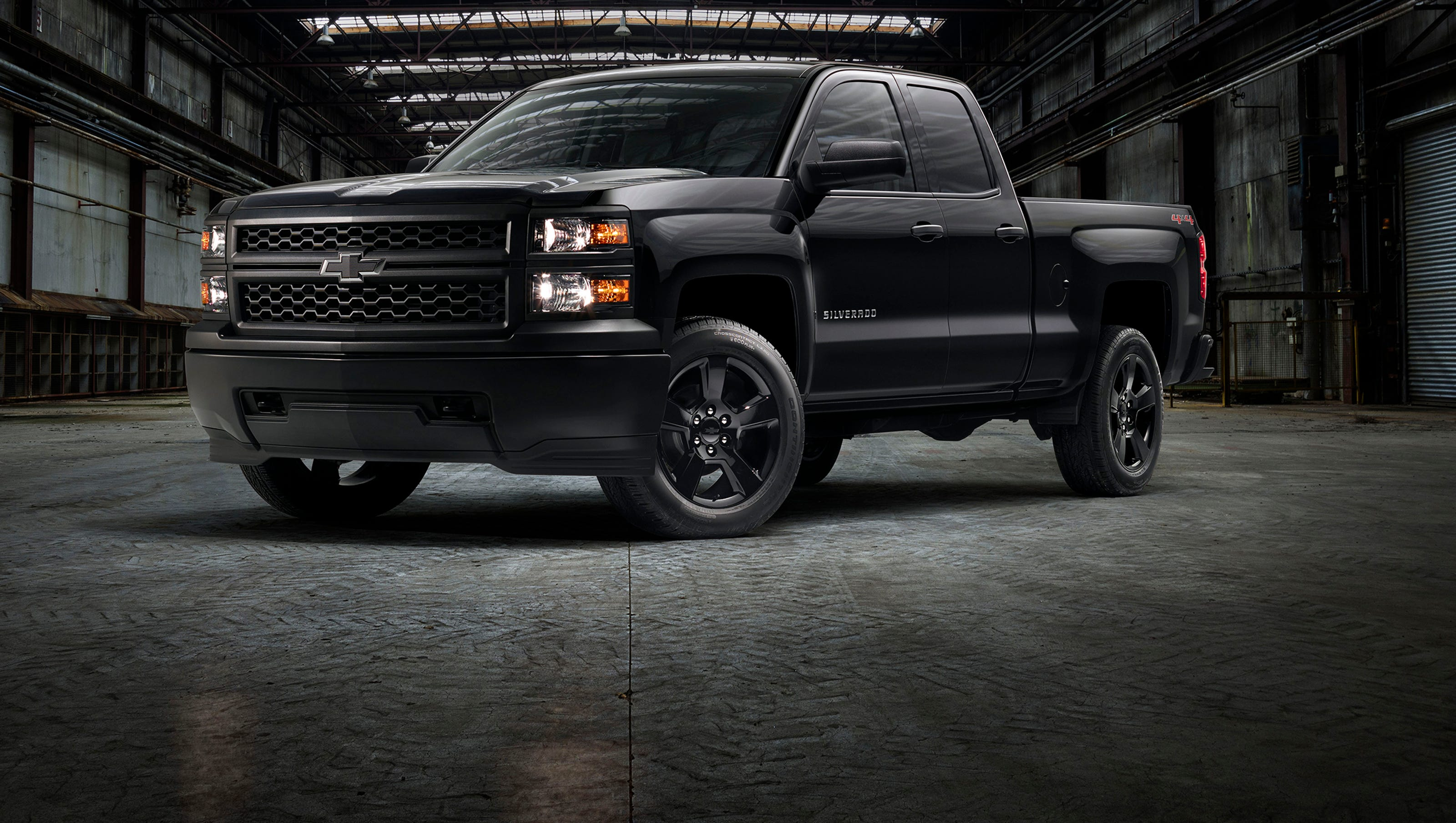 Silverado Black Out >> Black Out Work Truck Is Latest Chevy Silverado Special