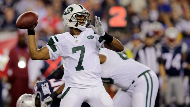 The Jets have stuck with quarterback Geno Smith, above, during his struggles, while Buffalo elected to bench EJ Manuel in favor of Kyle Orton.