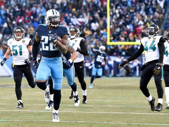 Titans running back Derrick Henry (22) leaves the Jaguars