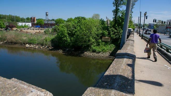 Wilmington is conducting a year-long study to put in use a $200K grant from the EPA to redevelop the Brandywine River area northeast of the city.