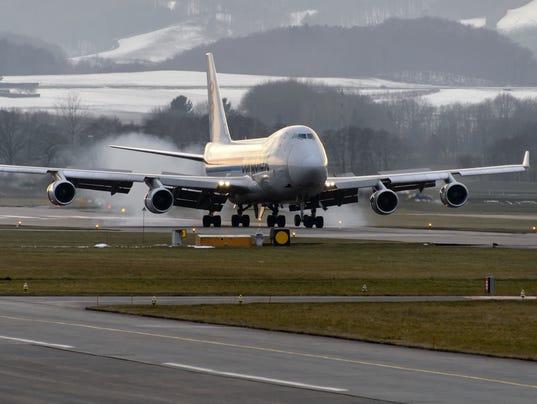 747-landing