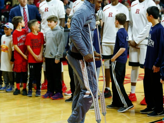 Rutgers Scarlet Knights guard Mike Williams (5) before