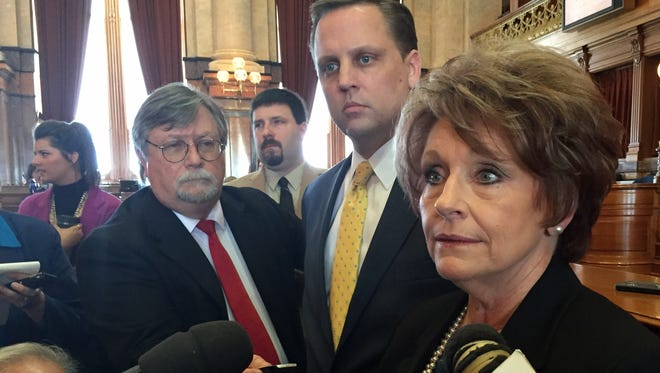 Iowa House Speaker Linda Upmeyer talks with reporters Thursday, March 31, 2016, on the Iowa House floor.