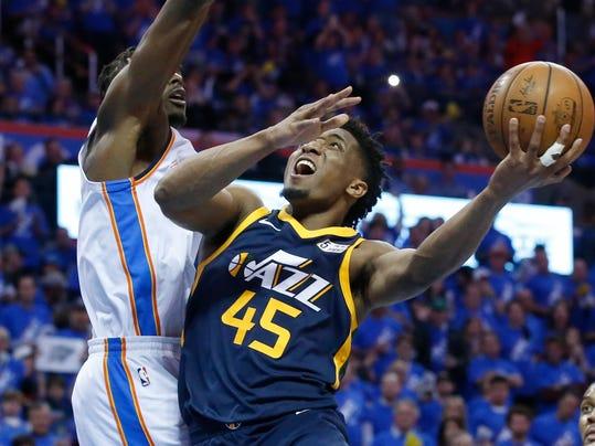 Jazz_Thunder_Basketball_70550.jpg
