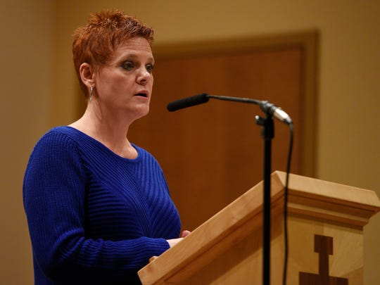 Dianne Grossman, mother of Mallory Grossman, speaks
