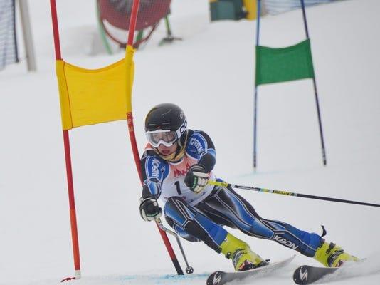 sok cort skiing