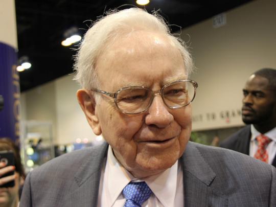 Warren Buffett Buys Apple Stock