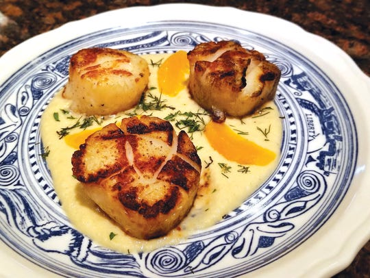 Seared Sea Scallops from Meat & Tomotto's.