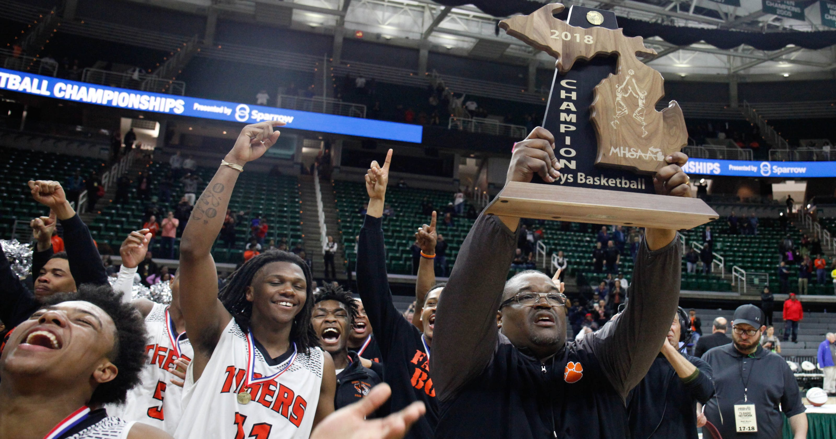 Michigan boys basketball: Ranking top 20 high school teams
