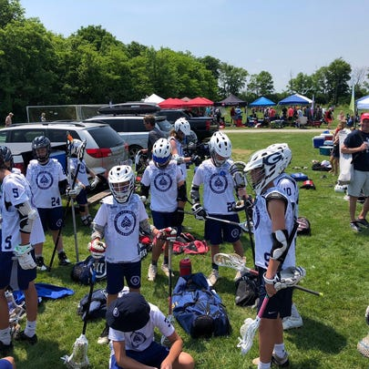 Blue Ace Select Lacrosse gets ready for a tournament