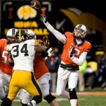 Hawk Central Huddle: How Iowa will continue without Tevaun Smith