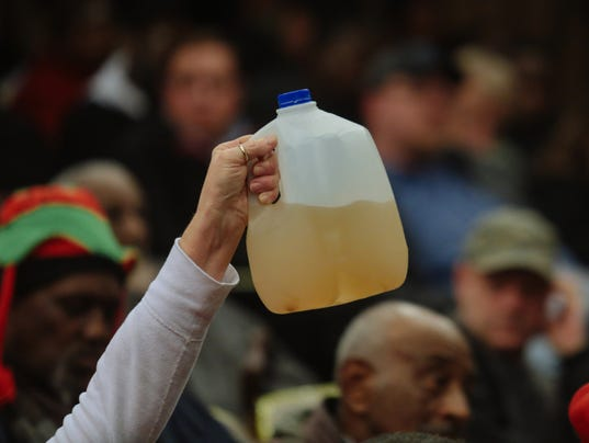 635890100798651879-012215-flint-water-issues-rg-01.jpg