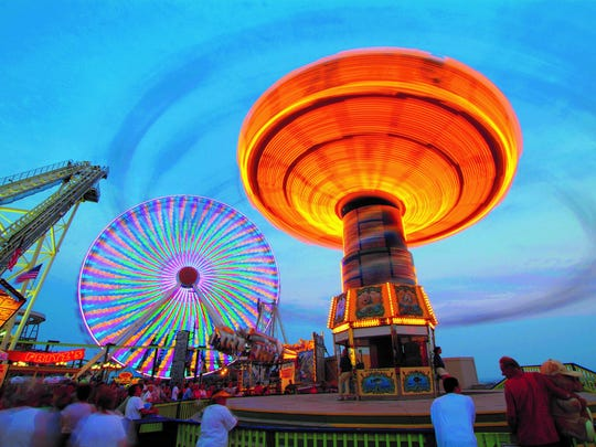 Rides on the Wildwood boardwalk
