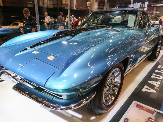 Carmel Man Pays For A Corvette At Indy Auction - Carmel indiana car show