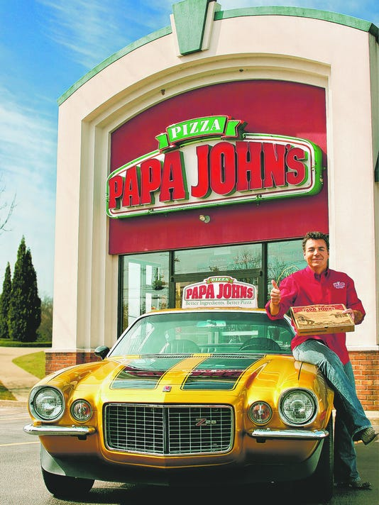 'Papa John Schnatter' delivers pizzas in Camaro lookalike