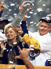 Georgia Frontiere celebrates the Rams' victory in the 2000 Super Bowl with coach Dick Vermeil.