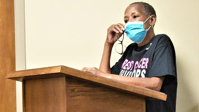 Diane Miller Brown addressed the Pembroke City Council on Monday and asked them to support a gathering to honor breast cancer survivors and increase awareness for all cancers.