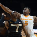 GoVols247 | Barnes: Schofield 'really starting to figure this out'