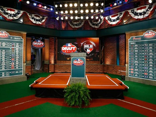 636327617675029544-2015-mlb-draft.jpg