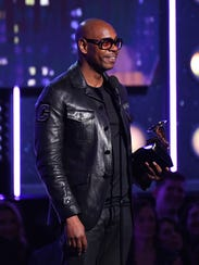 Dave Chappelle accepts the Best Comedy Album Grammy.