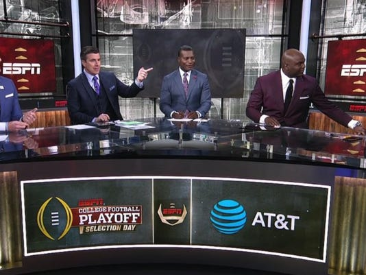 A stunned Kirk Herbstreit walked off set after Ohio State didn't make the playoff