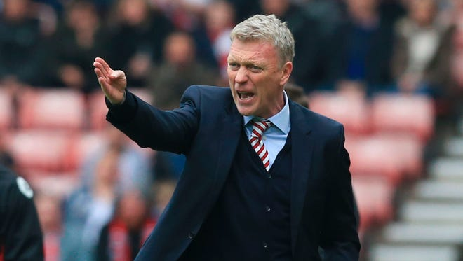 Sunderland's Scottish manager David Moyes reacts on the touchline during the English Premier League football match between Sunderland and Bournemouth.