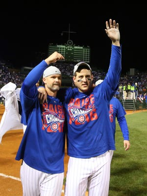 David Ross and Anthony Rizzo celebrate Game 6 win.