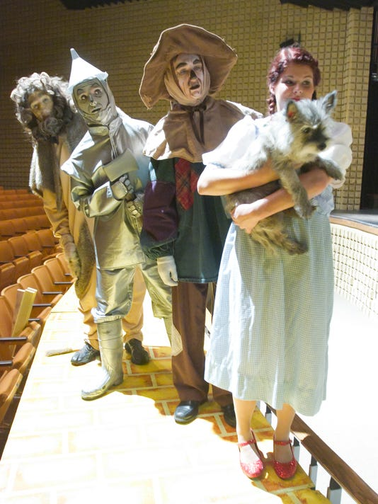 HHS Wizard of Oz_05.jpg