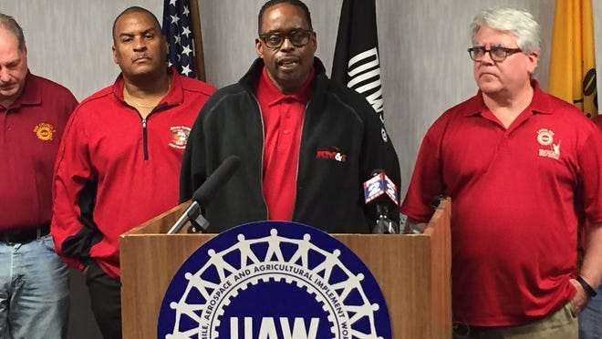 United Auto Workers-Ford Vice President Jimmy Settles touted the merits of a labor contract that is the richest of the Detroit automakers, but whose ratification is becoming increasingly in doubt.