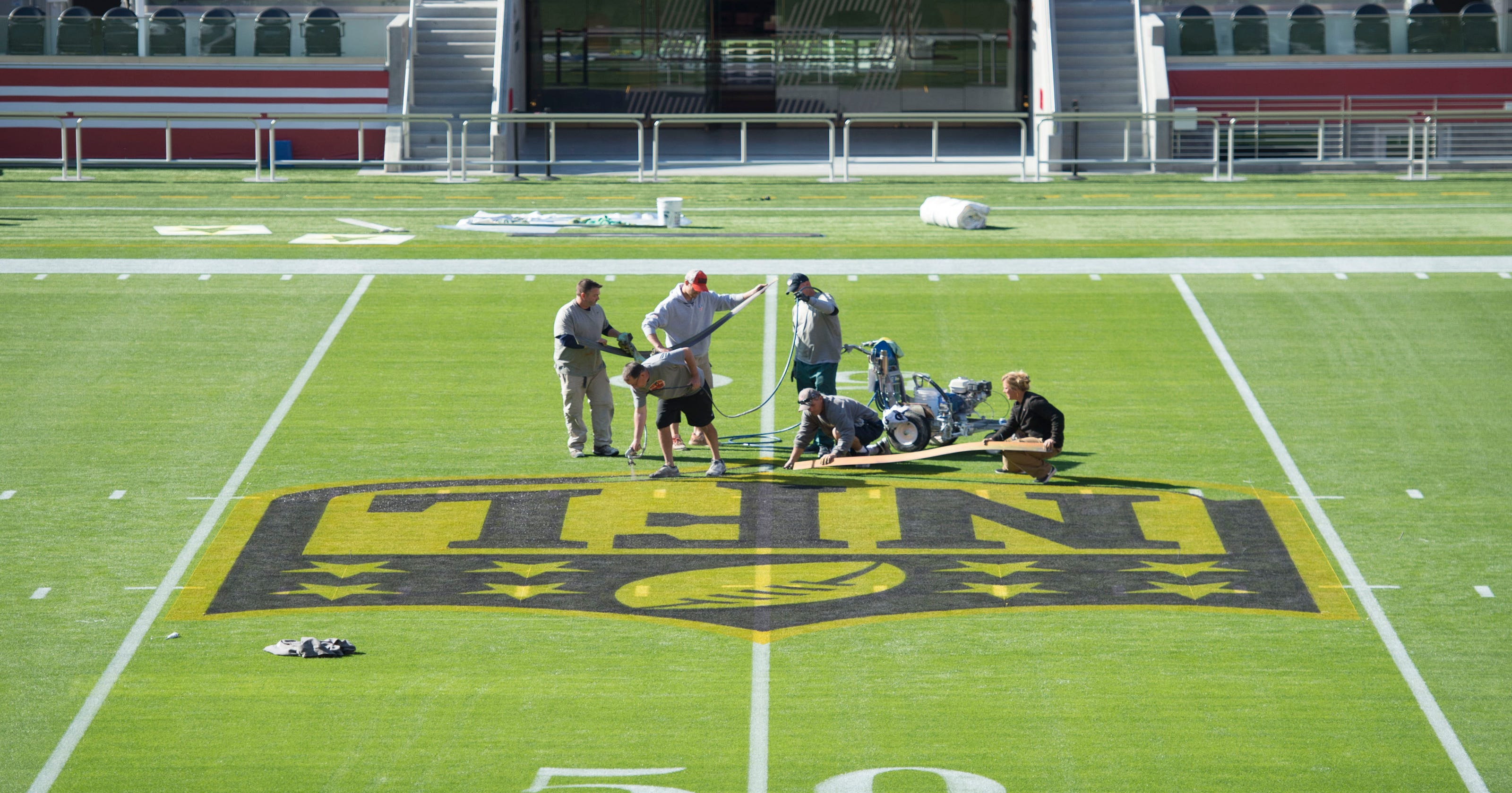 Super Bowl 50 turf receives top treatment before game 75009470f