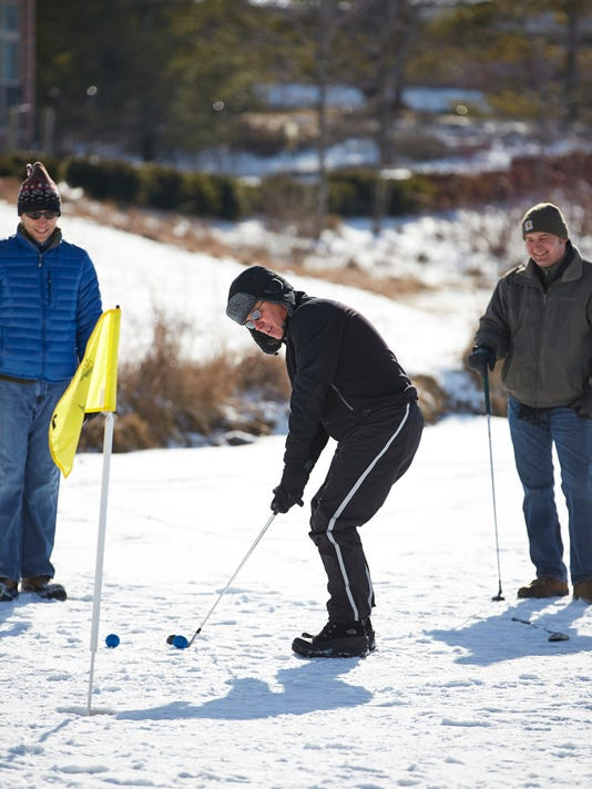 -SHEBrd_12-28-2013_Press_1_A003~~2013~12~27~IMG_ABCM_Ice_Golf_2013_z_1_1_HJ6.jpg